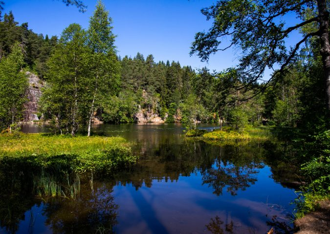 Legg på svøm i naturskjønne Båntjern