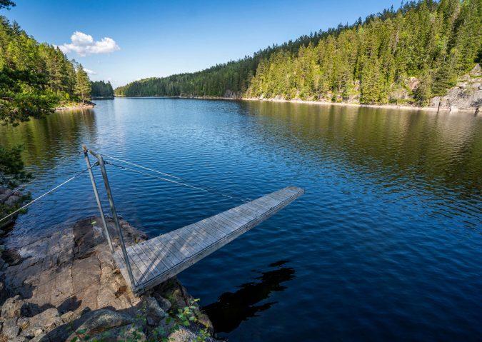 Stupebrett og badeeldorado i Fri-Elvåga